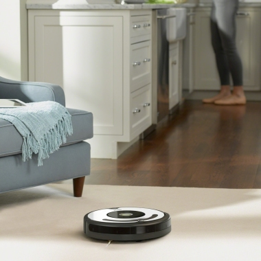 iRobot_Roomba_675_robotski_sesalniki