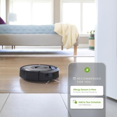 Roomba® i7 se nauči vaših navad čiščenja