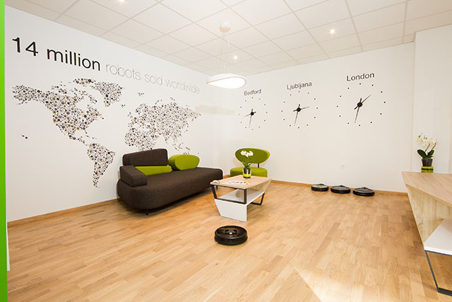 iRobot Salon 2